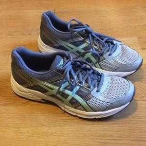 ASICS Everyday Comfort Amplifoam Running Sneakers
